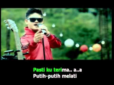 St12 - Putih-putih Melati - Karaoke (dual Channel) video