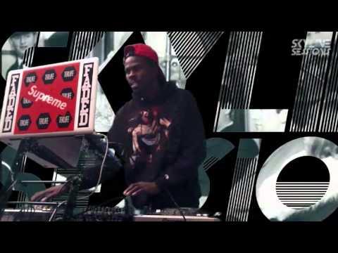 SkylinesSessions.TV 012 - DJ Manny [Teklife   Lit City Trax]