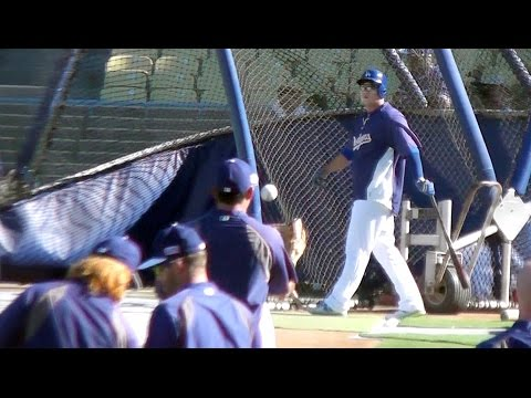 Hyun-jin Ryu & Frias Batting Practice Home Runs 10-4-14