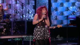 Клип Allison Iraheta - Friday I'll Be Over U (live)