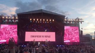 Coldplay And Ariana Grande Don 39 T Look Back In Anger One Love Manchester