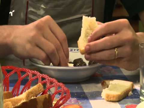 Bukë , Djathë , Ullinjë ... ! ( Film Shqip )