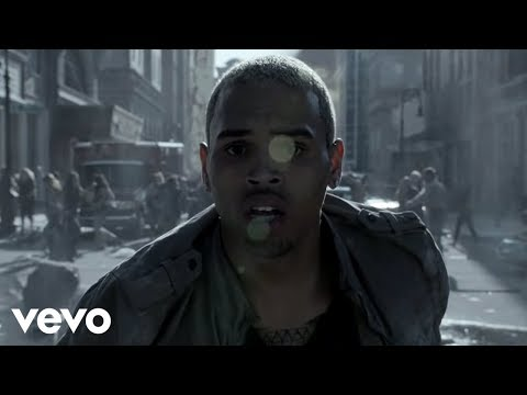 Videoklip Chris Brown - Next 2 You ft. Justin Bieber