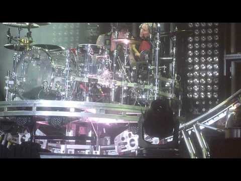 Motley Crue in Moose Jaw, Fan goes on TommyLee's drum roller coaster!