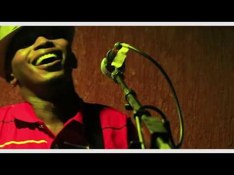 MUGITHI MIX LATEST  By Gathee wa Njeri LIVE 1 .