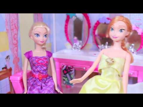 Frozen Anna BROKE Her LEG PART 1 Disney Barbie Parody Elsa Doll AllToyCollector
