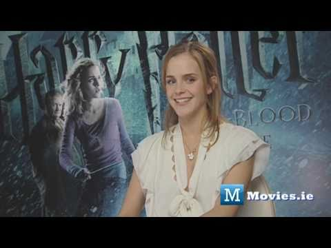 Emma Watson (Hermione) talks about KISSING Rupert Grint (Ron Weasley) in Harry Potter Video