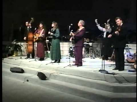 The Isaacs.  He Never Failed Me . 1994 ( Our Style Live )