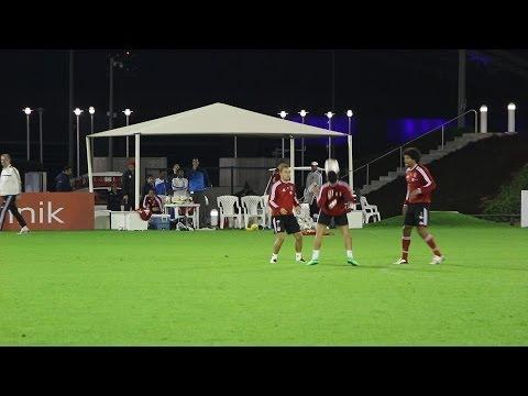 FC Bayern München: Thiago, Dante und Rafinha mit breiter Brust (Doha, 11.01.2014)