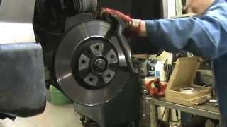 Replacing brake pads and disc Peugeot 407sw