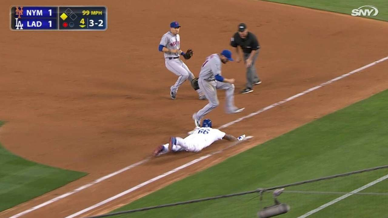 NYM@LAD: Duda lays out to rob another hit in the 4th