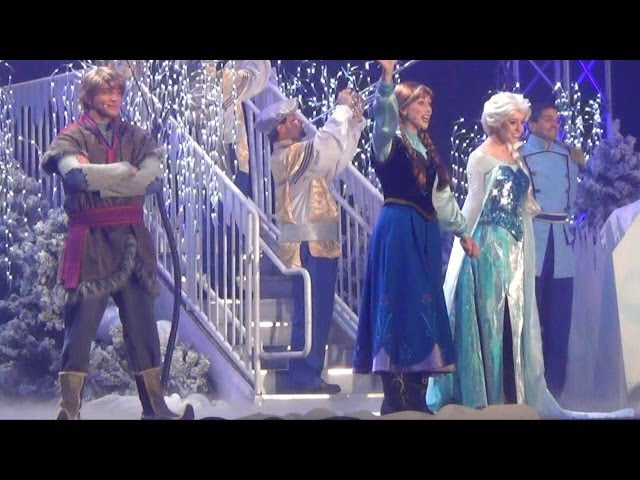 Frozen Fireworks Character Finale at Disney's Hollywood Studios with Elsa, Anna, Olaf & Kristoff