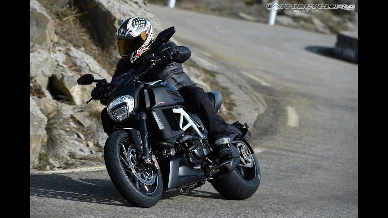 Ducati Diavel  Manual