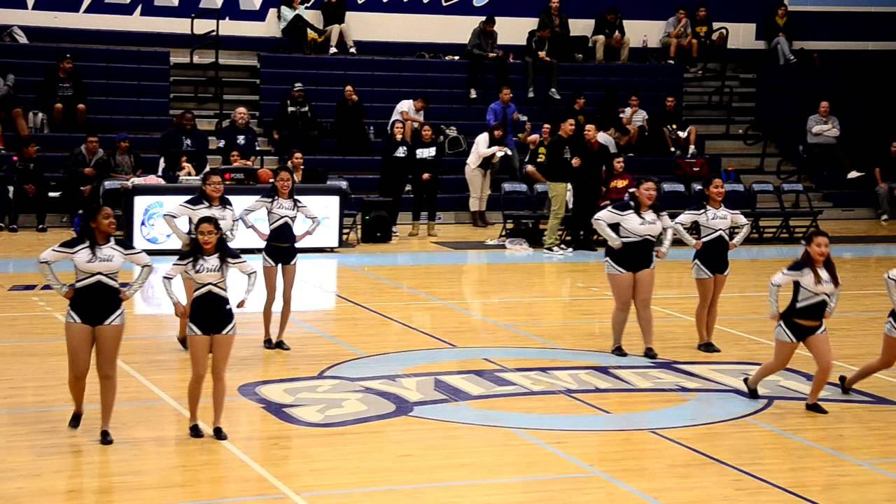 Sylmar High School Volleyball Sylmar High School Drill 2013