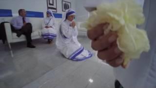 Prueba de fe: Madre Teresa de Calcuta-Trailer Cinelatino LATAM