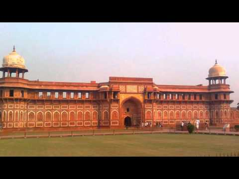 Agra Travel Guide