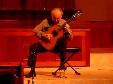 Don Julian played by Maximo Diego Pujol in concert.