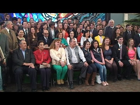 """Recibimiento de """"Viva la gente"""" en Toluca"""