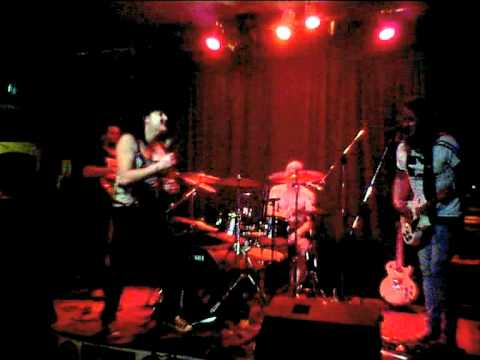 Hate The Witch - Live @ (The Swan Hotel 2011)