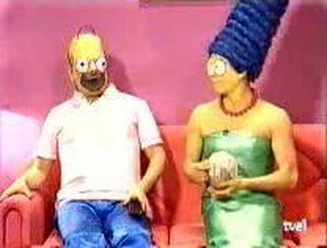 spanish simpsons funny (WARNING CREEPY STUFF) Video