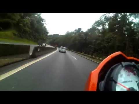 Descendo a serra BR 277 em direção ao litoral do Paraná - Fazer 150 Laranja #14