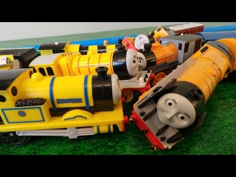 Thomas And Friends - World's Strongest Team video