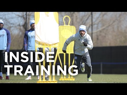 Andrea Pirlo & David Villa do push-ups (4K) | Inside Training 8
