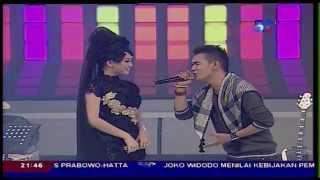 SEMBILAN BAND Feat ZASKIA GOTIX [Zaskia] Live At Kamera Ria (05-08-2014) Courtesy TVRI