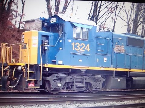 CSX Q398 Freight Train With Good Power In Relay