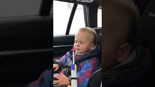 2 year old baby boy really feeling the music! 🎼🎼❤️