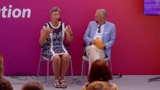 Elfsberg möter: arbetsmarknads- och etableringsminister Ylva Johansson