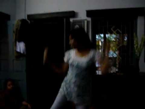 Sreya Biswas Dance On dhekecho Ki Take Oe Neel Nodir Dhare.mov video
