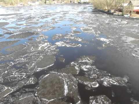 Ледоход на озере Пено.MOV