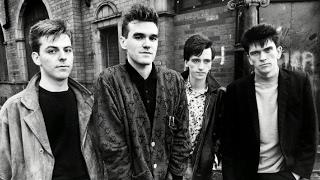 Watch Smiths Well I Wonder video