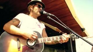 Watch Bob Dylan Mississippi video