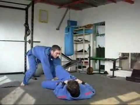 Bjj drills - passing the guard Image 1