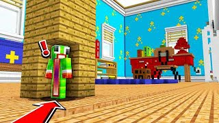 HIDING IN THE WORLD'S BIGGEST MINECRAFT ROOM!