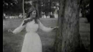 Watch Bobbie Gentry Ill Never Fall In Love Again video