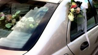 Arreglos florales para boda, Ramo de novia, coche, iglesia, novio, restaurante y salón de boda