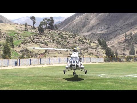 Boza Producciones - Aterrizaje de helicópteros en el estadio de Yauli Huancavelica