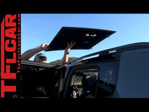 2015 jeep renegade my sky removable sunroof tech demo. Black Bedroom Furniture Sets. Home Design Ideas