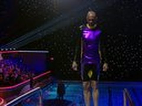 Kareem Abdul-Jabbar's First Dive - Splash