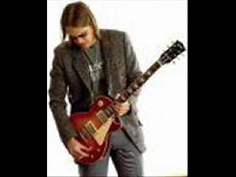 Joe Bonamassa - Dirt in My Pocket