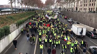 New round of 'yellow vest' protests erupts across France