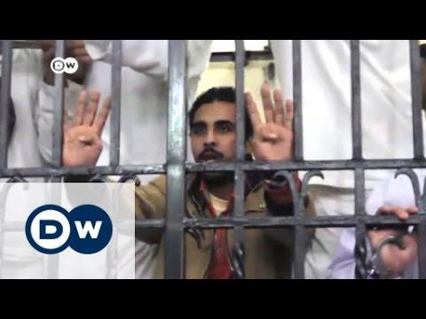 خمس سنوات سجنا مشددا بحق الناشط علاء عبد الفتاح   الجورنال