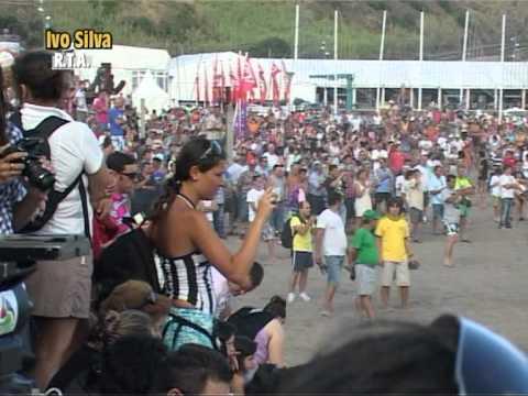 Tourada no areal da praia -O Reporter da rta  Ivo Silva estava la.
