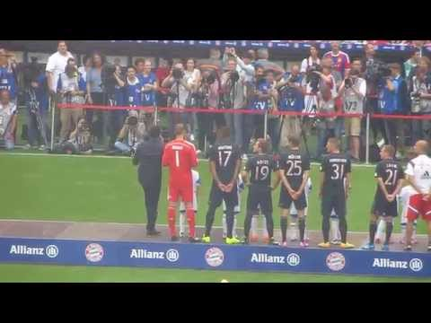 Andreas Bourani Auf uns Fc Bayern München Teampresentation 2014/2015 Allianz Arena München