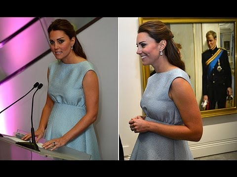 Pregnant Kate Middleton at the London National Portrait Gallery | POPSUGAR News