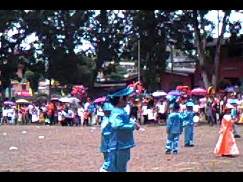 Itik Itik Folk Dance video