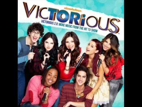 Victorious Cast ft.Victoria Justice - Don't You (Forget About Me)